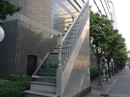 東京都立川市には、街中がアートだらけの「ファーレ立川」があるぞ!