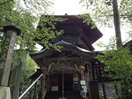 福島の巨大さざえ堂