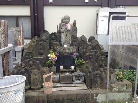 吉原遊郭で働いた遊女が眠る寺、浄閑寺