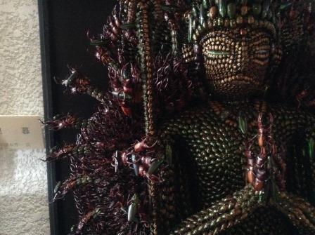 驚愕の作品、昆虫千手観音像