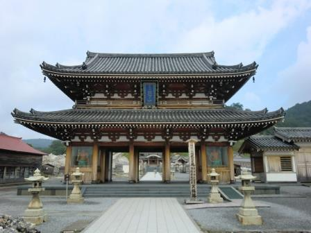 日本三大霊場でもあるガチなお寺、霊場 恐山