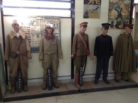 全て個人のコレクション、戦争博物館!