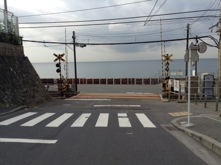 人気急上昇!?スラムダンクで有名な鎌倉高校前の踏切が熱い!!