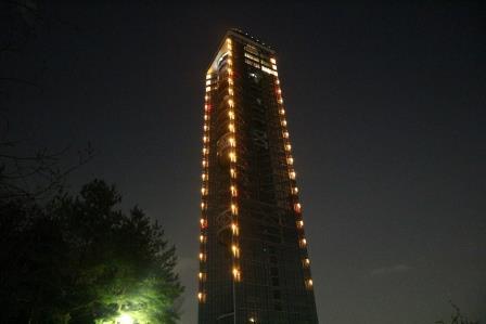 名古屋にある「東山スカイタワー」は、夜景をじっくり見たい方にオススメだ!