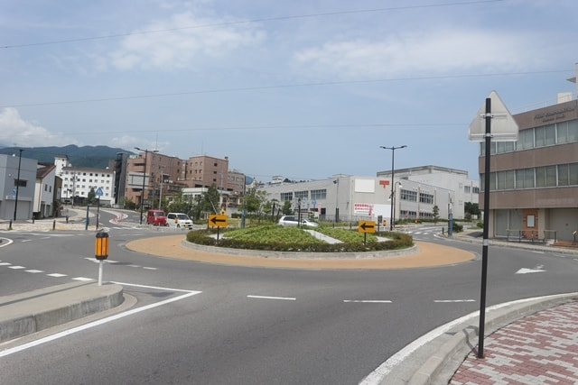 日本で初導入の「ラウンドアバウト」は長野県飯田市にあった!