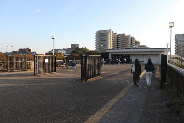 西立川駅はユーミンの名曲「雨のステイション」の舞台だった!