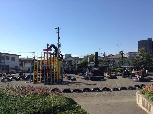 タイヤ公園