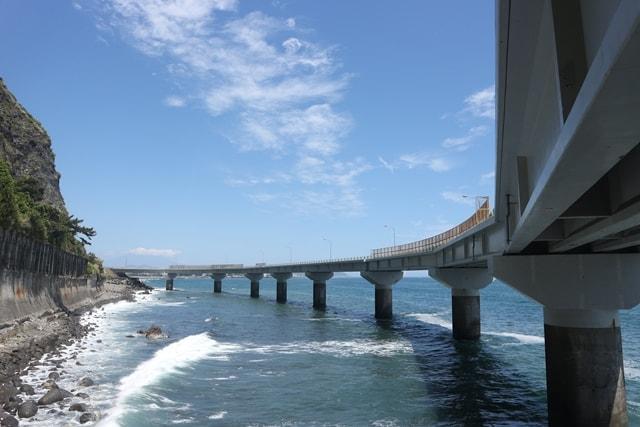 静岡県に現る海上道路!崩落の歴史を繰り返した「用宗街道」を調査してみた!