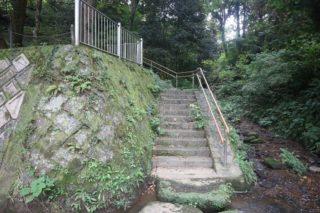友情が生んだ物語!熊本県の米野岳小学校裏にある階段誕生秘話とは!?