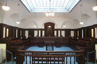 日本にわずか2つ!!横浜の桐蔭学園には、BC級戦犯裁判が行われた法廷が移築再現されている!