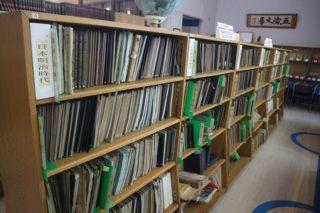 満洲、朝鮮、南洋諸島時代の教科書も!千葉県御宿町の『五倫文庫』は隠れた超穴場図書館だった!