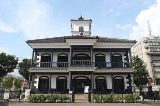 山梨県の隠れた名スポット「藤村記念館」は、明治時代に建てられた擬洋風建築だ!