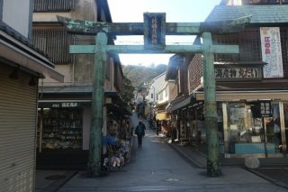青銅鳥居に秘められた江ノ島と吉原遊廓の関係とは!?