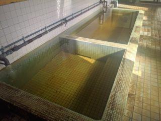 青森県の自動車整備工場に湧く「光風温泉」ってどんな温泉!?