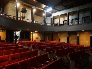 日本最古級の映画館「高田世界館」で、至福の映画鑑賞を!